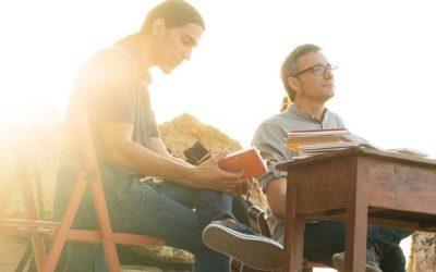 El duet torrenc Tres, nominat els Premis Enderrock 2021 amb el seu disc Casa Nova