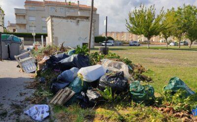 L'Ajuntament de Torredembarra pren mesures per acabar amb la brutícia al voltant dels contenidors