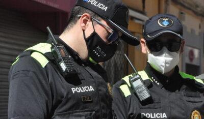 Detingut a Torredembarra després de voler pagar amb una targeta de crèdit robada