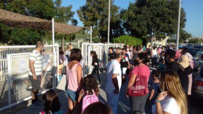 Mares, pares i docents de Torredembarra, Roda de Berà i Creixell demanen la jornada contínua a les escoles