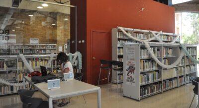 La Biblioteca Mestra Maria Antònia destina els matins a les escoles i les tardes i dissabtes al públic en general