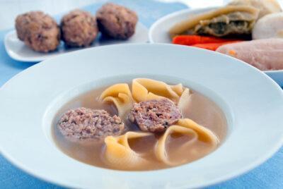 LA CUINA DE L'AVI MACIÀ l Escudella i carn d'olla, un plat indispensable per Nadal