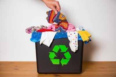 Què fer per tenir un armari sostenible