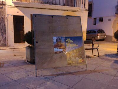 Comentaris de campanya (I): Cartelleres buides, urnes que costaran d'omplir
