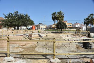Recta final de la construcció del parc del carrer Lleida després de més de cinc mesos d'obres