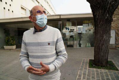 """ENTREVISTA: Carles Miracle: """"A Torredembarra la tercera onada ens va agafar verges i el virus ha fet mal"""""""