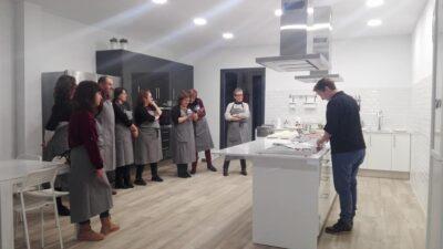 La Regidoria de Joventut de Torredembarra organitza tres tallers de cuina per a joves