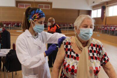 Torredembarra vol vacunar gairebé 400 persones majors de 80 anys aquest 7 d'abril al Casal Municipal