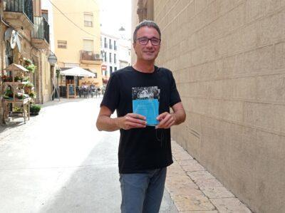 Sortegem un exemplar del nou llibre de Jordi Suñé: 'Vots de poble'
