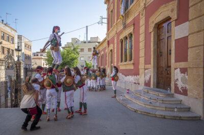 IMATGES l El Seguici popular de Torredembarra surt per la Festa del Quadre