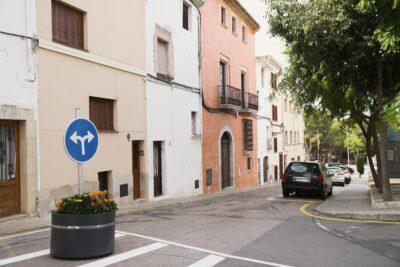 Altafulla canvia de sentit l'últim tram del carrer de Dalt per reduir la circulació de vehicles per la Vila Closa