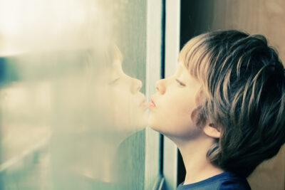 La Síndrome d'Asperger, què és i quins són els síntomes